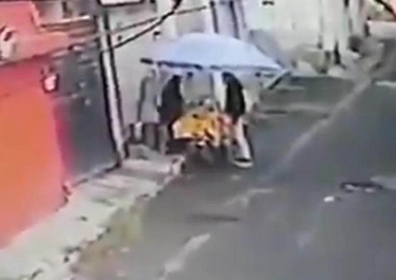 Indigna robo a tamalera en Cuautitlán Izcalli