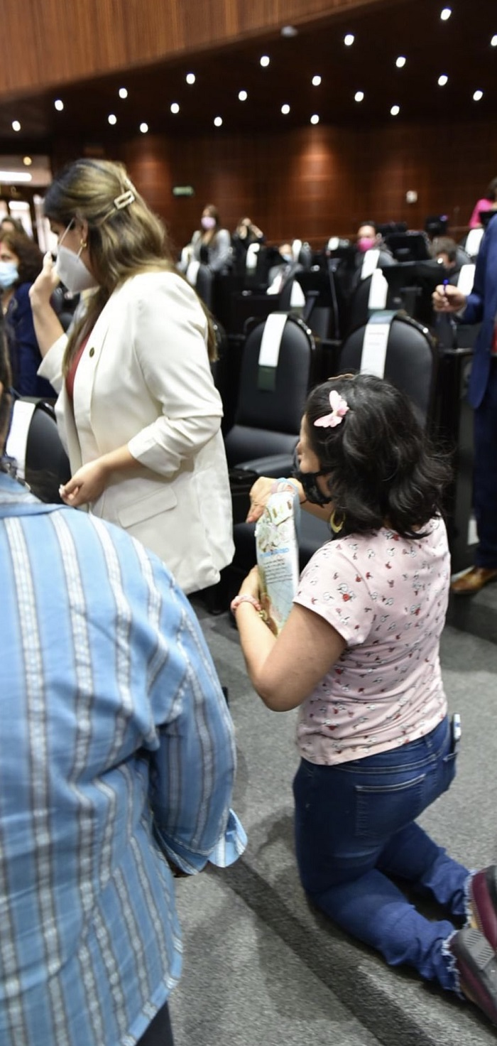 Merary Villegas ignora a madre que pidió medicinas
