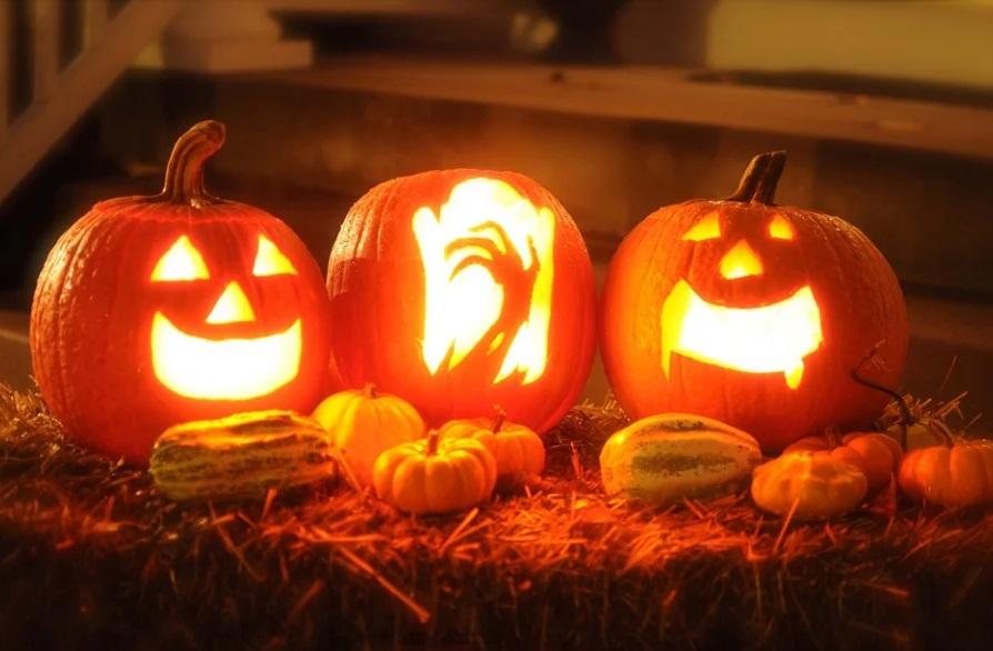 ¿Cómo ponerle un diseño de Halloween al logo de tu WhatsApp?